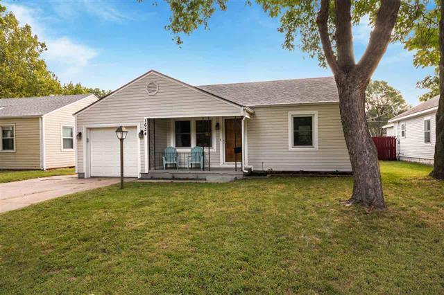 For Sale: 1634 S Elizabeth St, Wichita KS