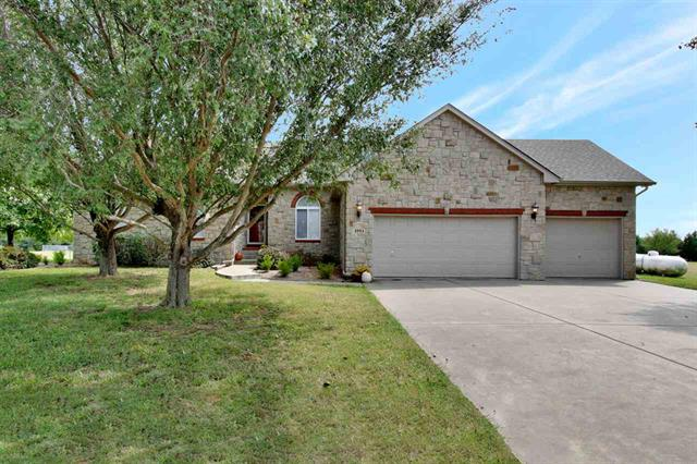 For Sale: 2553  Sunnydale Ct, Valley Center KS