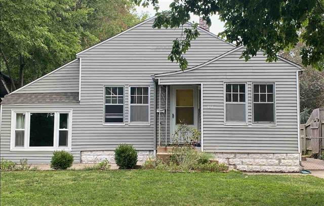For Sale: 952 N Porter Ave, Wichita KS
