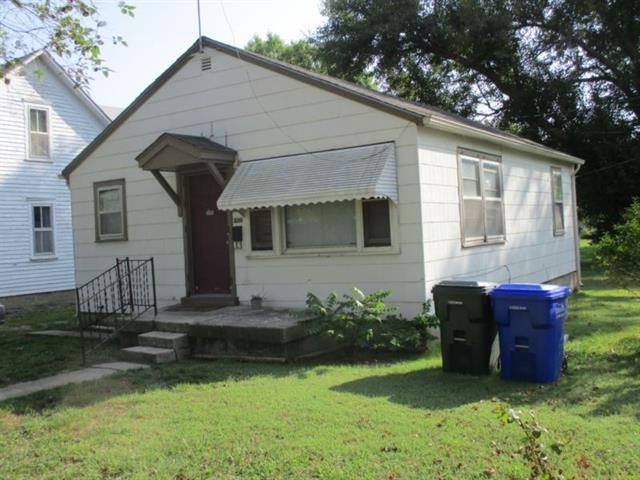 For Sale: 220 S Adams, Hillsboro KS