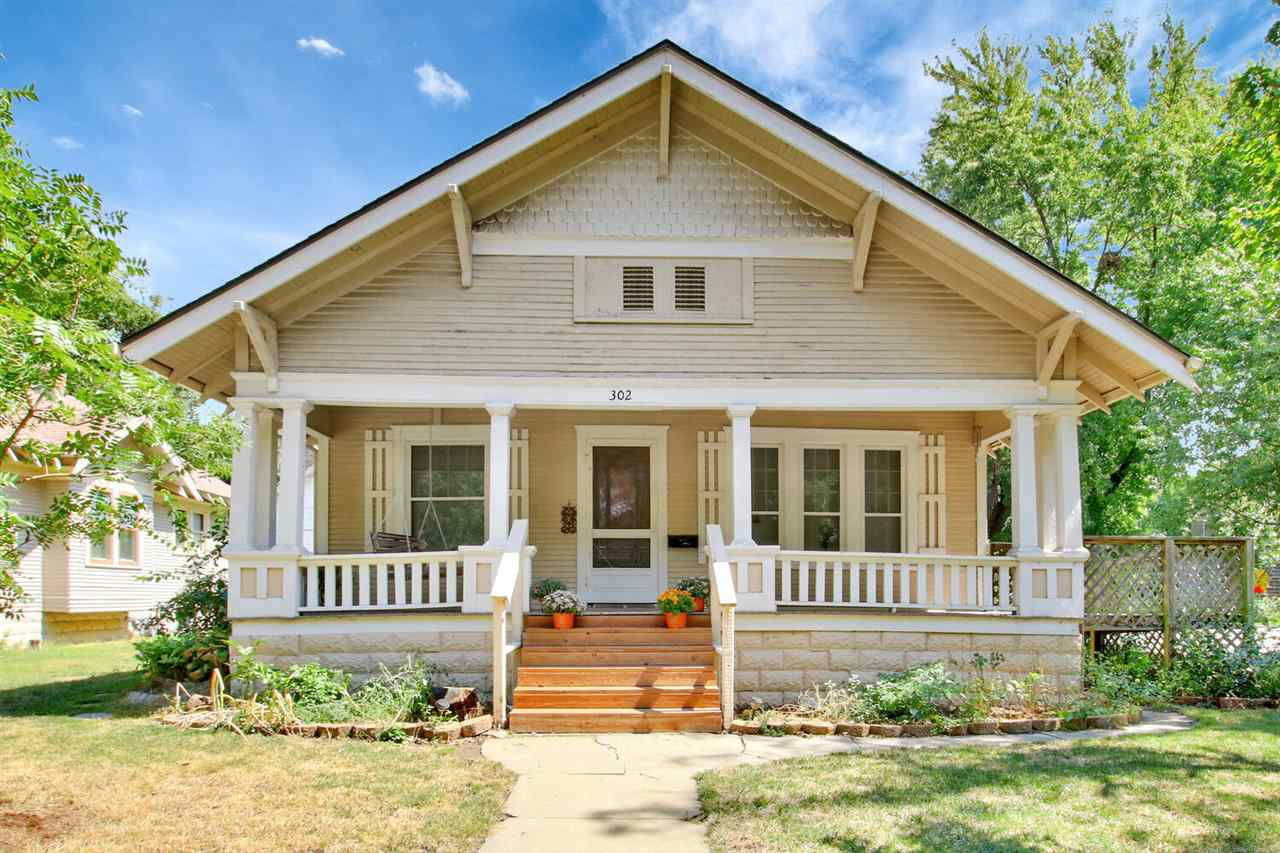 Charming uptown bungalow 3 bedroom, original hardwood floors, all new windows, main floor laundry/mu
