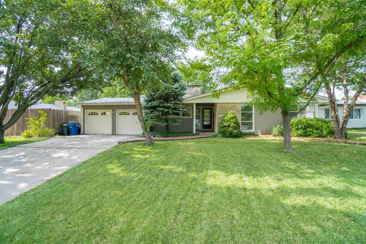 This spacious ranch home with three bedrooms and 1.5 bathrooms is a must-see! Located in an establis
