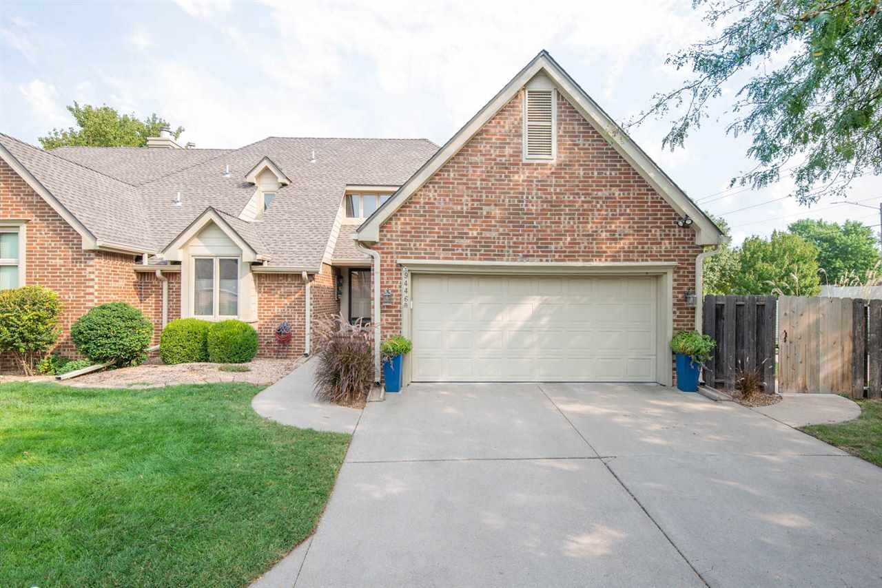 3 BED 3 1/2 BATH PATIO HOME IN THE HIGHLY DESIRED BENT TREE TALLGRASS AREA!  YOU'LL LOVE THE AREA, T