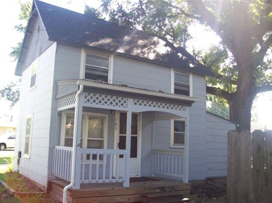 For Sale: 103 E 7th, Sedgwick KS