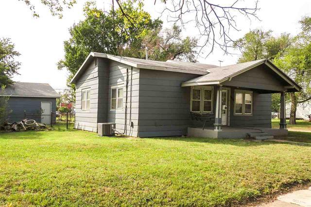 For Sale: 915 S SEDGWICK ST, Wichita KS