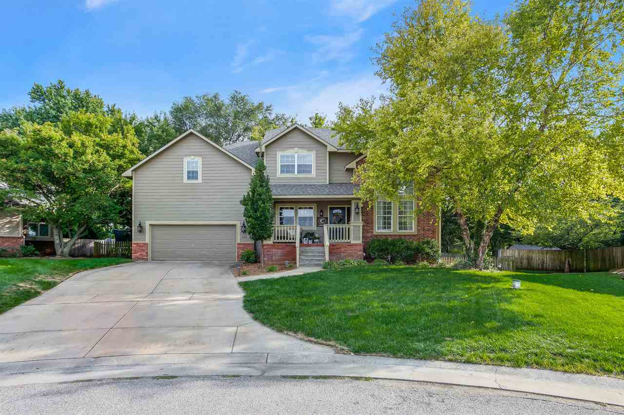Gorgeous Architects Custom Built, One Owner Home. Situated on a Tree Lined Cul-de-Sac Lot with a Fen