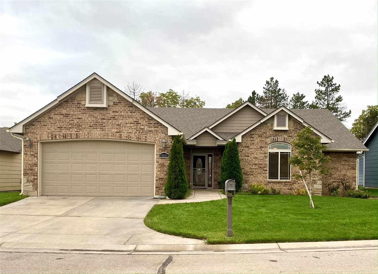 Welcome to the perfect home for you! Nestled in a quiet Cul-de-Sac, this house has great curb appeal