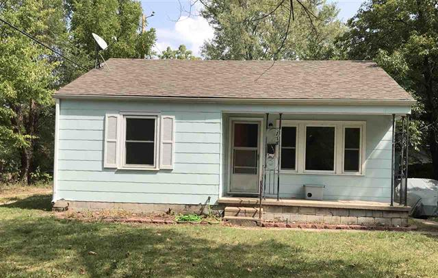 For Sale: 118 S Saint Paul St, Wichita KS