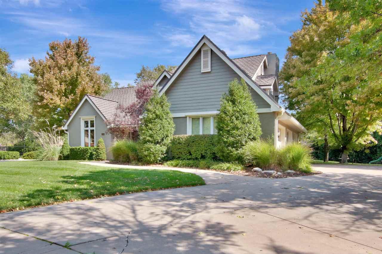 For Sale: 2920 N Cypress St, Wichita KS