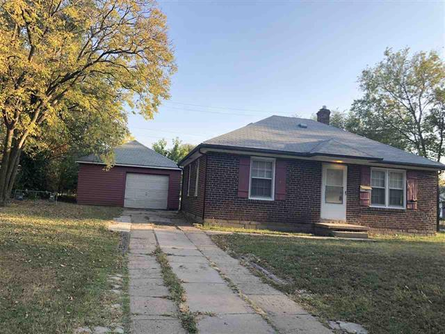 For Sale: 2801 E Shadybrook St, Wichita KS