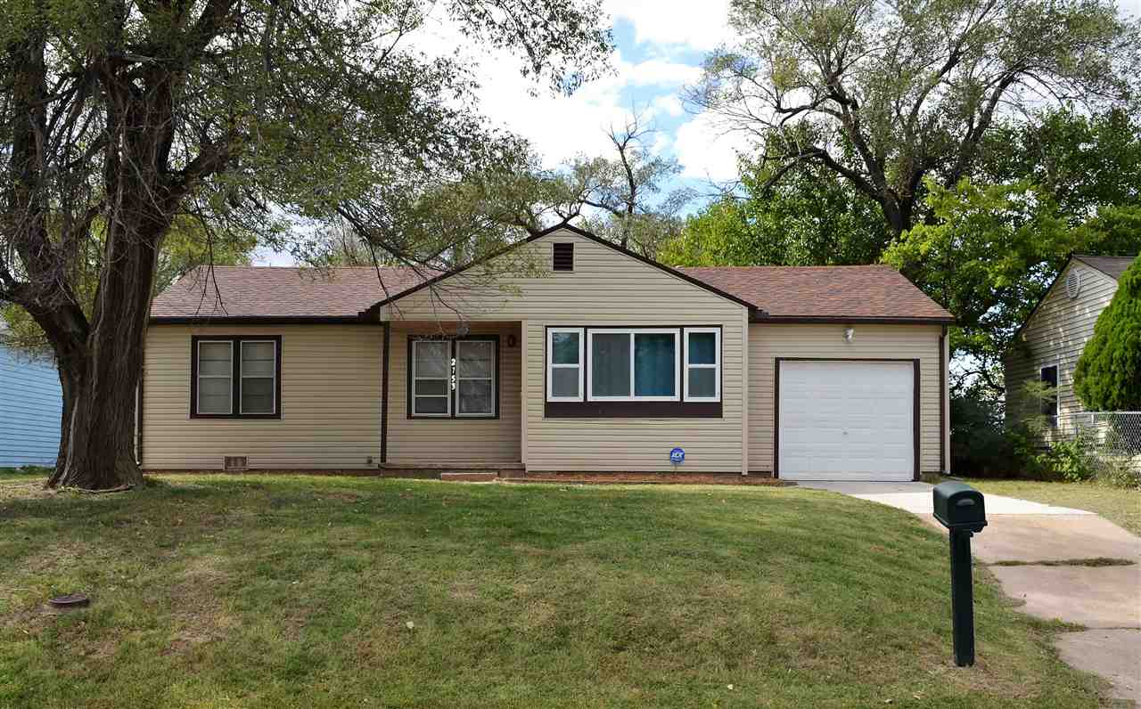 Don't miss out on this move in ready ranch home! For private showing contact Steve Conway. this 3 be