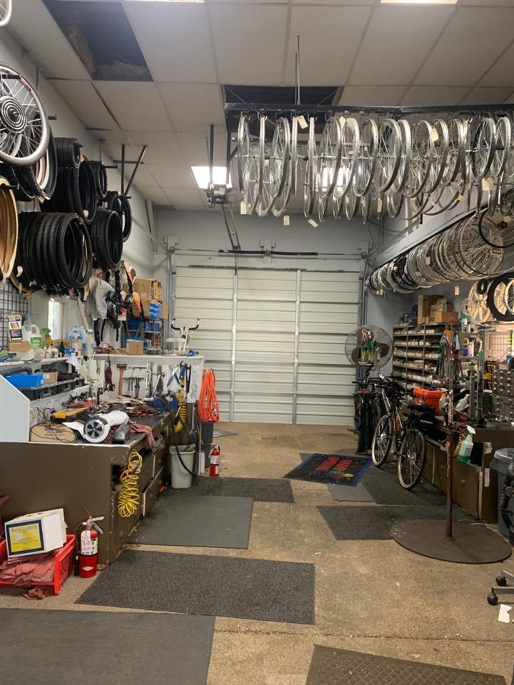 For Sale: 4925 E Kellogg Dr, Wichita KS