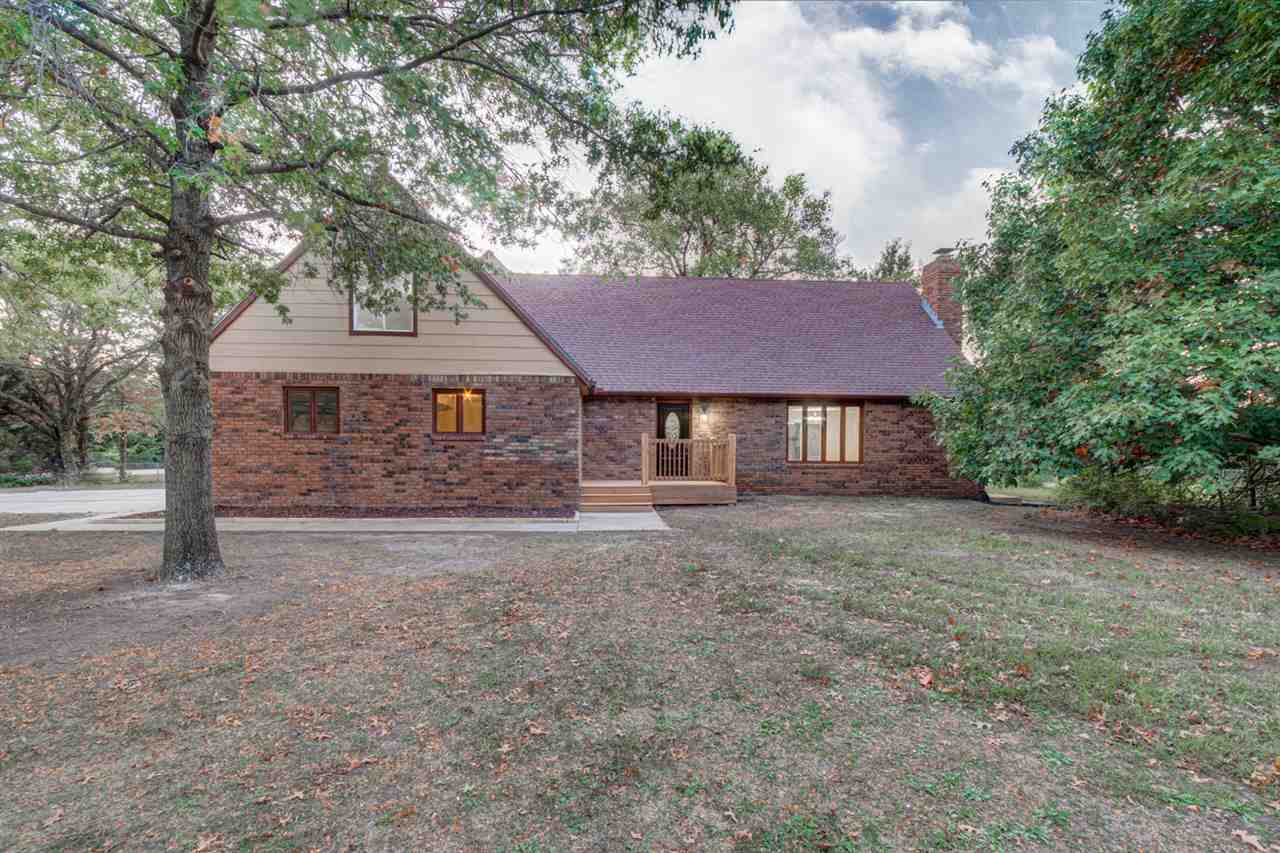 203 Mockingbird Ln, Newton, KS, 67114