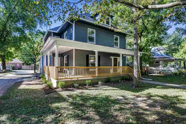 For Sale: 1309 E 9th Ave, Winfield KS