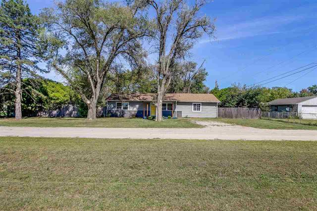 For Sale: 4920 W MONROE ST, Wichita KS