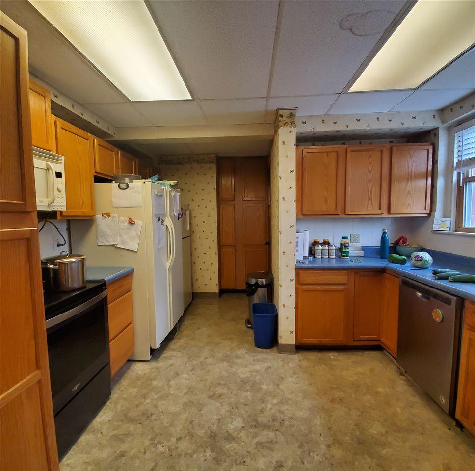 For Sale: 1111 N Main St, Kingman KS