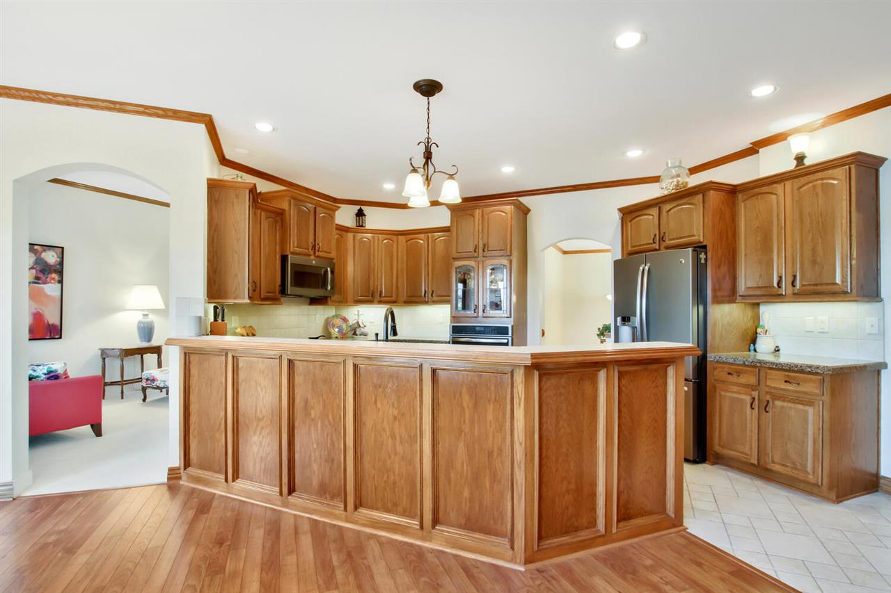 For Sale: 616  Stone Creek Dr, Newton KS