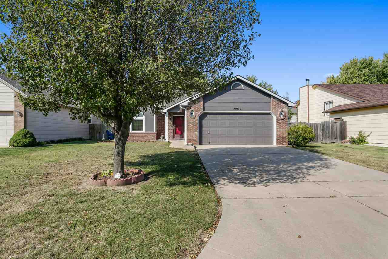 Great home and has been well maintained. Main floor master bedroom with master bath. Open floor plan