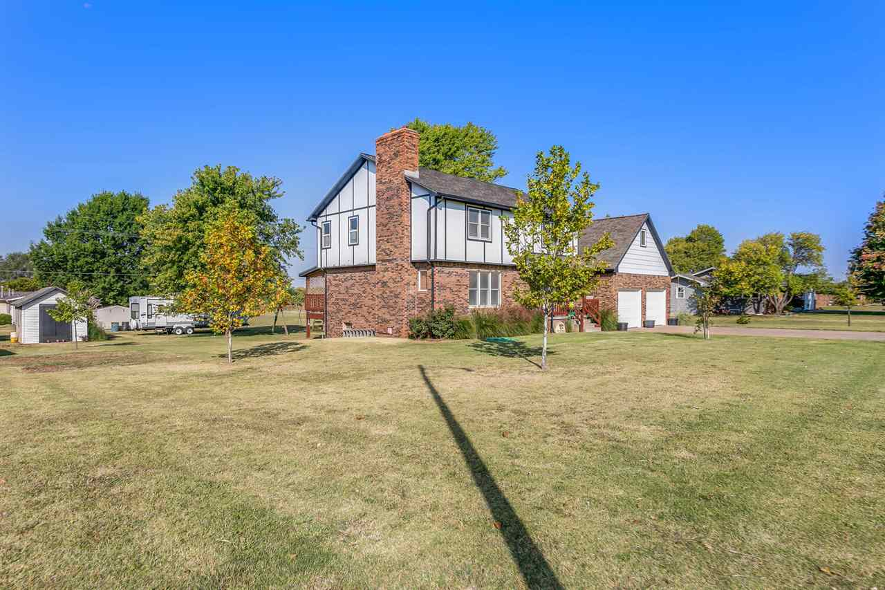 For Sale: 1114 N Anthony Ave, Anthony KS