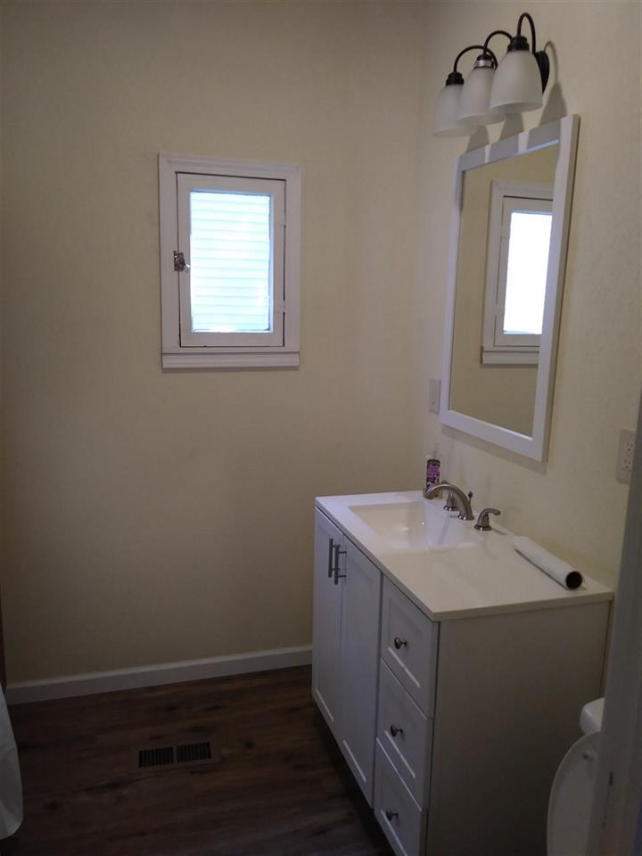 For Sale: 729 E Sherman Ave, Hutchinson KS