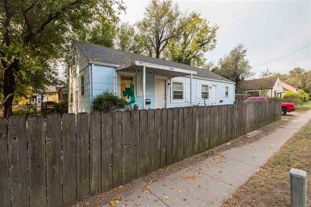 For Sale: 1421 E Lincoln St, Wichita KS