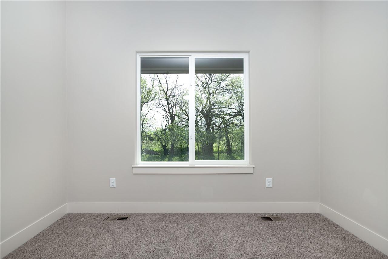 For Sale: 186 S Ciderbluff, Wichita, KS 67052,