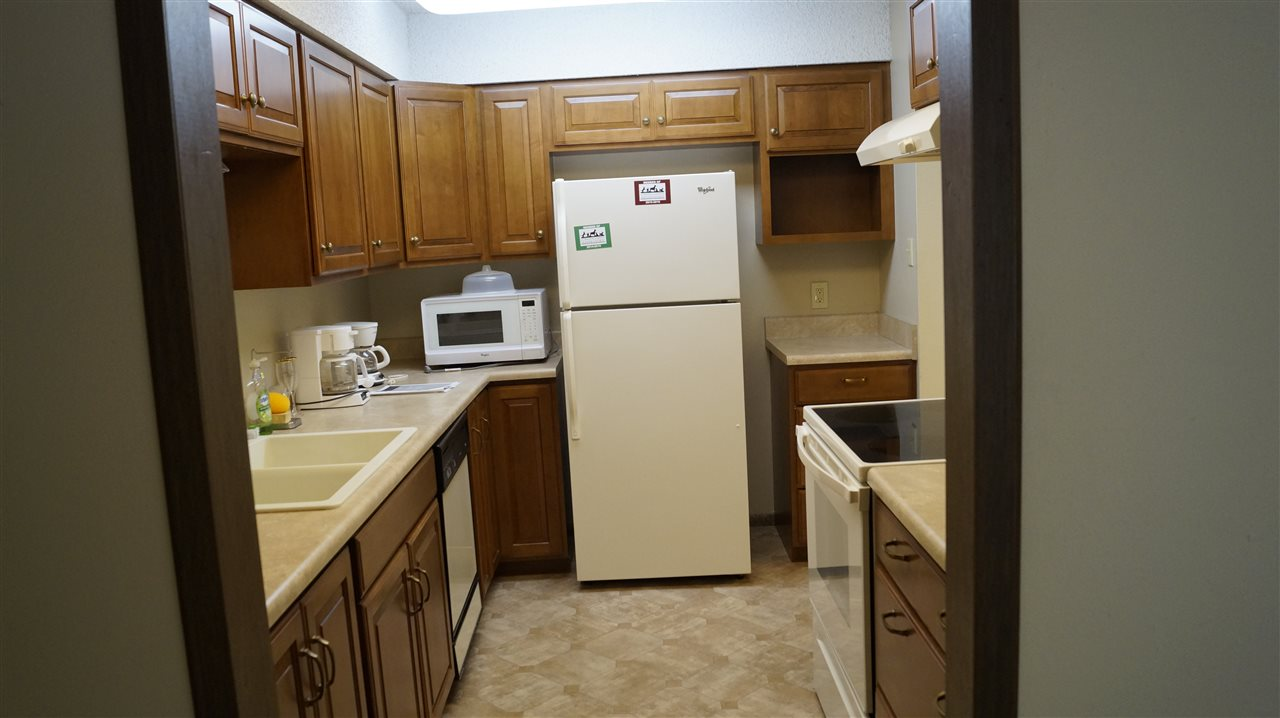 For Sale: 1500 E 10TH AVE, Winfield KS