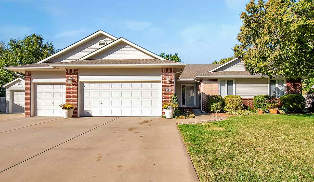 2505 N Parkridge Cir, Wichita, KS, 67205