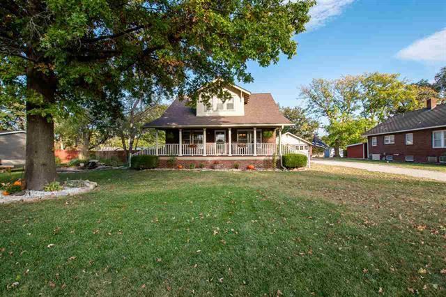 For Sale: 600 S Christian Ave, Moundridge KS