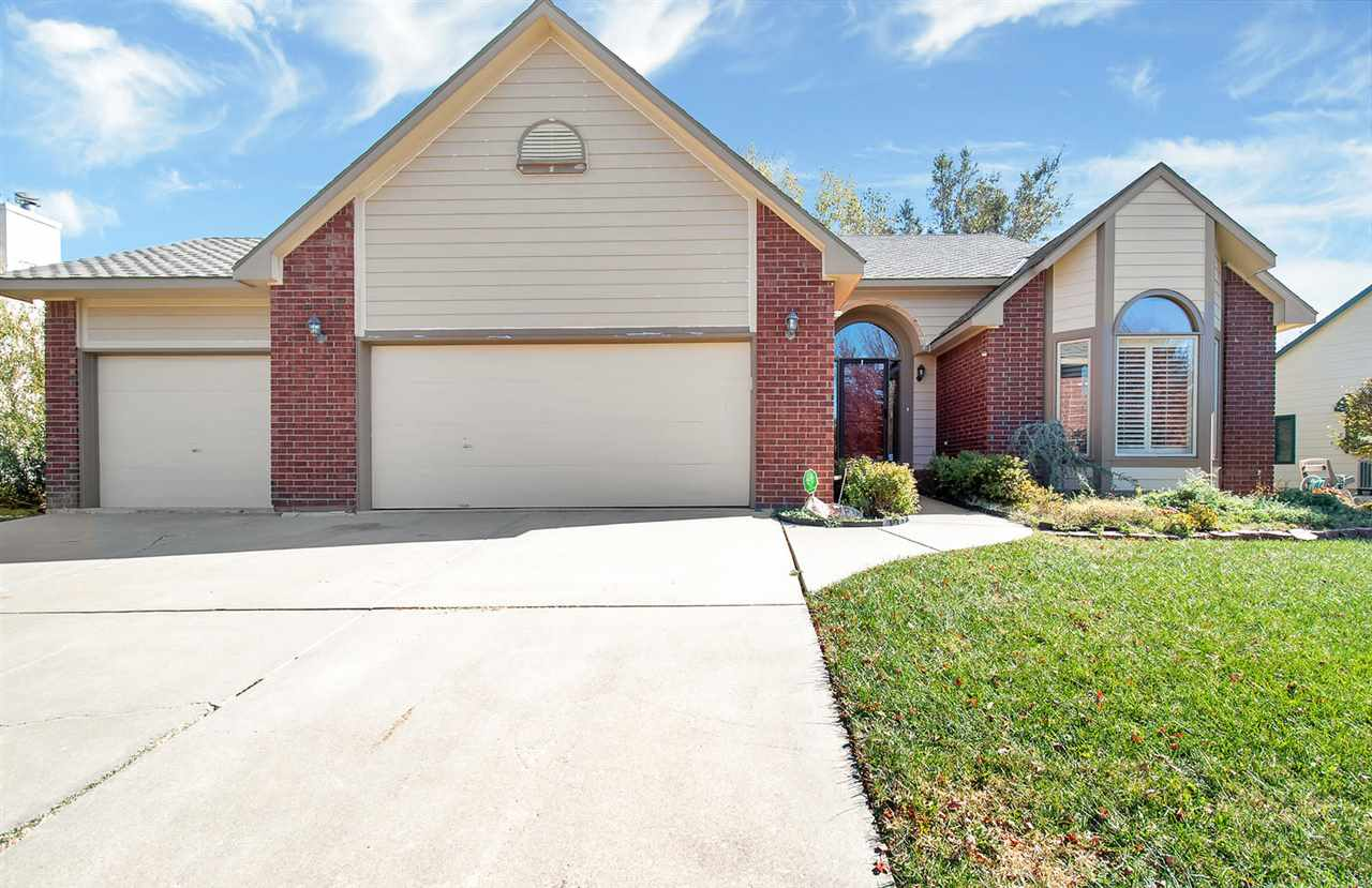 Fabulous quad level find in popular Tallgrass subdivision! Tons of space in this move in ready home,