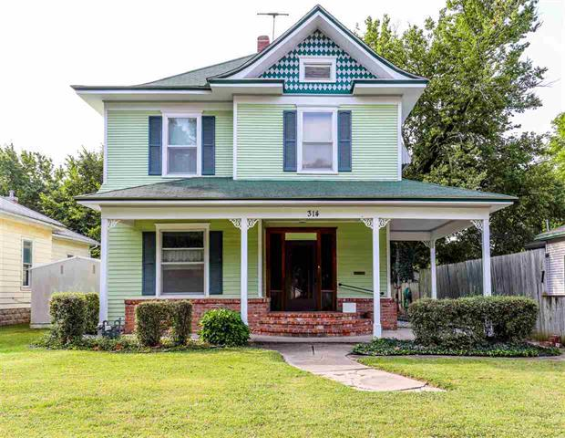 For Sale: 314 E 12TH ST, Wellington KS