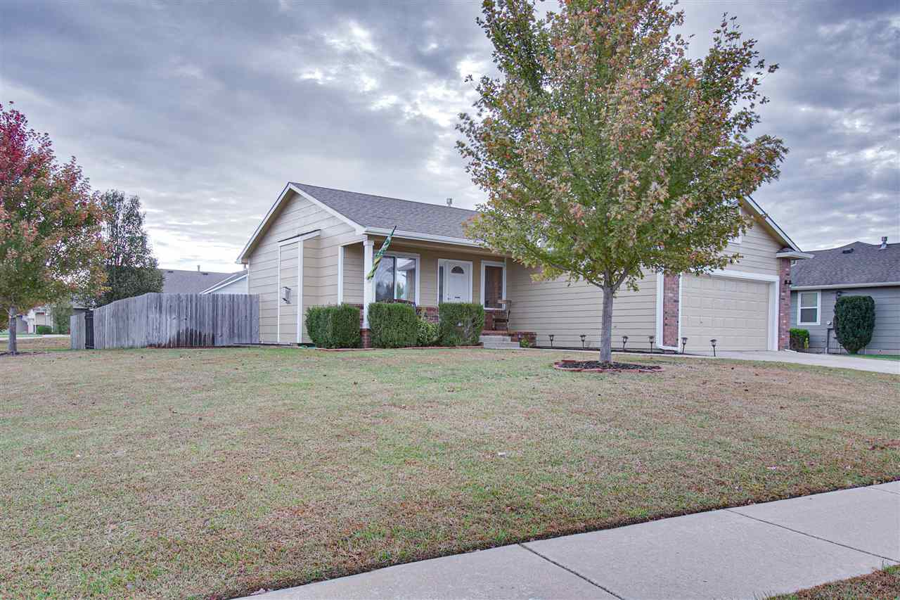 For Sale: 1124 N Timberleaf Dr., Derby KS