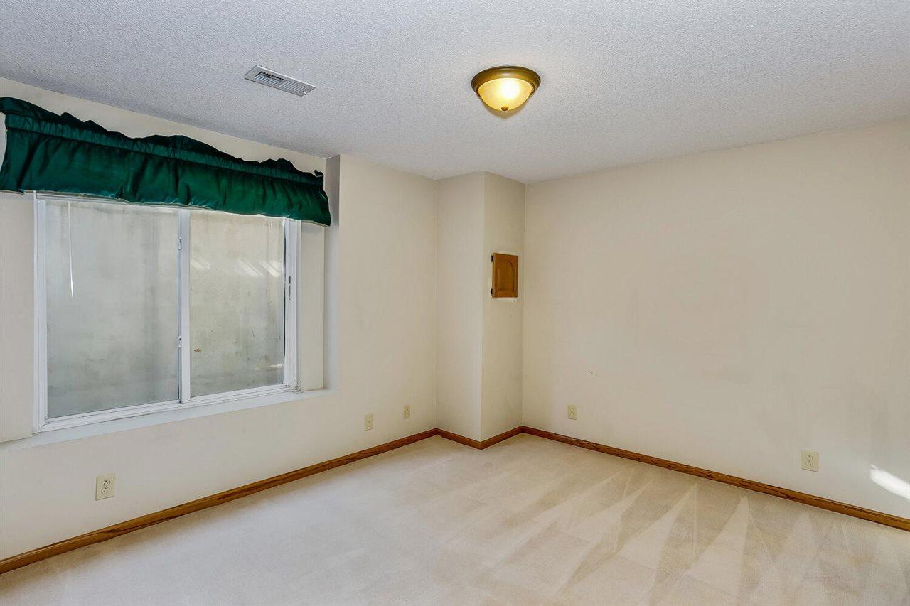 For Sale: 10215 E MAINSGATE RD, Wichita KS
