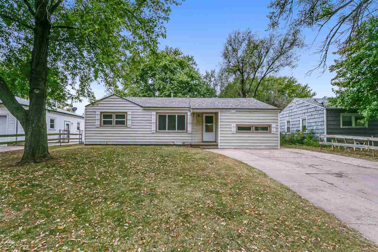 Charming 4 bedroom, 1 bath home in Haysville! This spacious home has plenty to offer! Garage was con