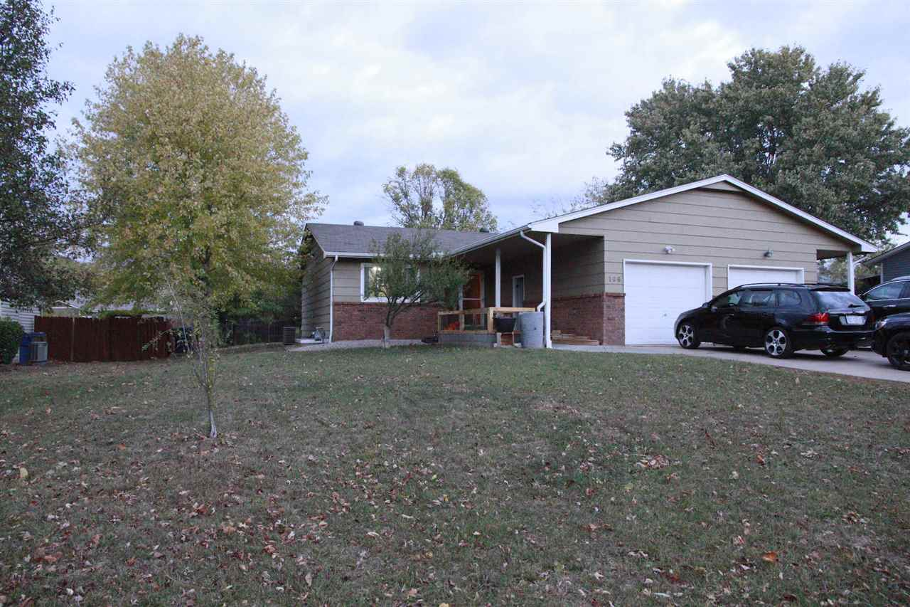 Very well maintained inside and out, this 4 bedroom 2 bath home is just what you've been looking for