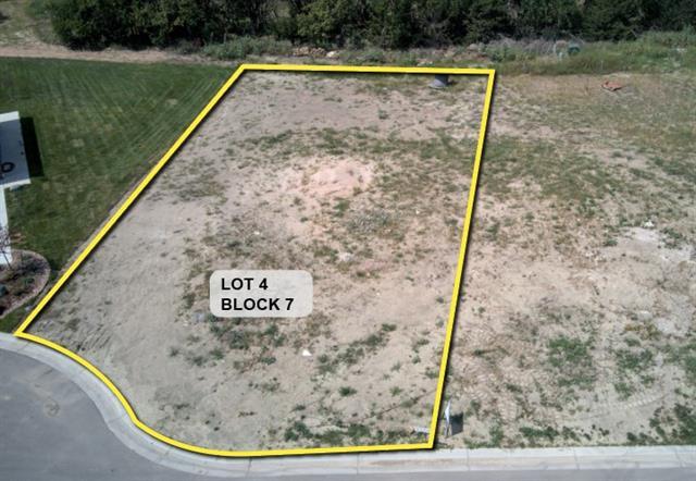 For Sale: 8213 E Saw Mill Ct, Wichita KS