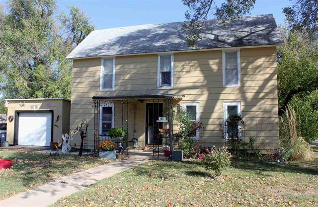 For Sale: 524 S Topeka St., El Dorado KS