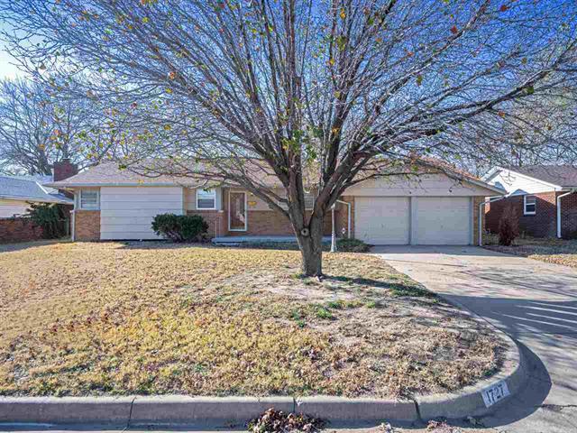 For Sale: 1727 N Sedgwick St, Wichita KS