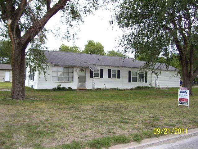 For Sale: 302 E 1st, Sedgwick KS