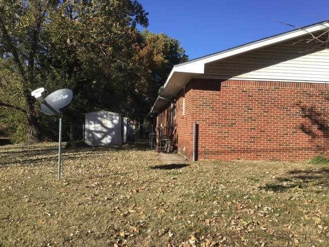 For Sale: 404 E Wood Ave, Clearwater KS