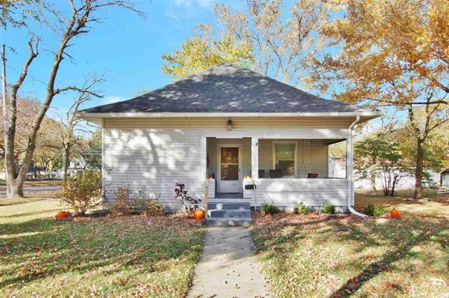 For Sale: 425  SANTA FE ST, Halstead KS