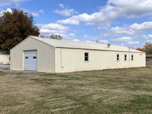 For Sale: 500 W MAIN ST, Oxford KS