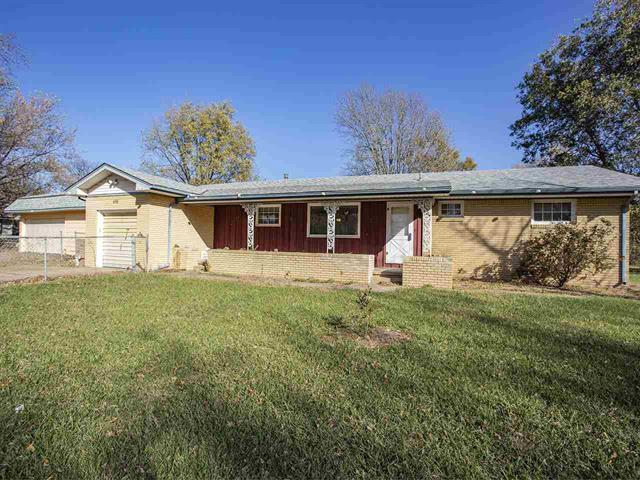 For Sale: 630 N BROADVIEW LN, Andover KS