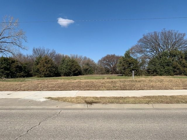 For Sale: 1306 E 13th Street, Andover KS