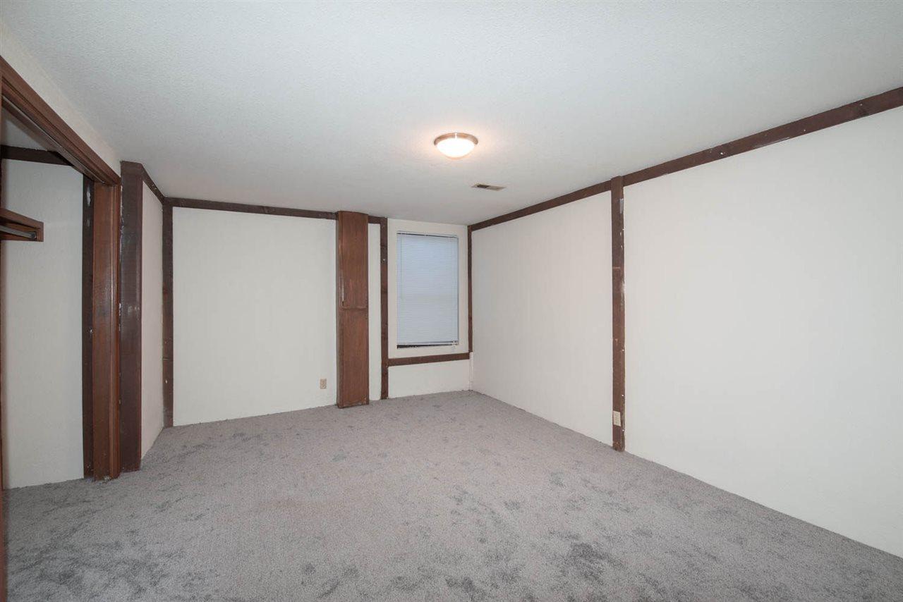 For Sale: 8423 W Nantucket St, Wichita KS