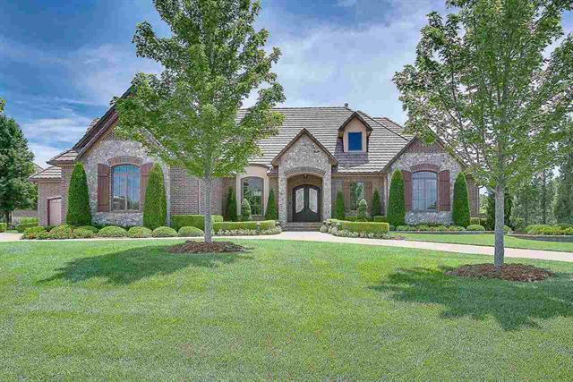 For Sale: 2117 N CLEAR CREEK ST, Wichita KS