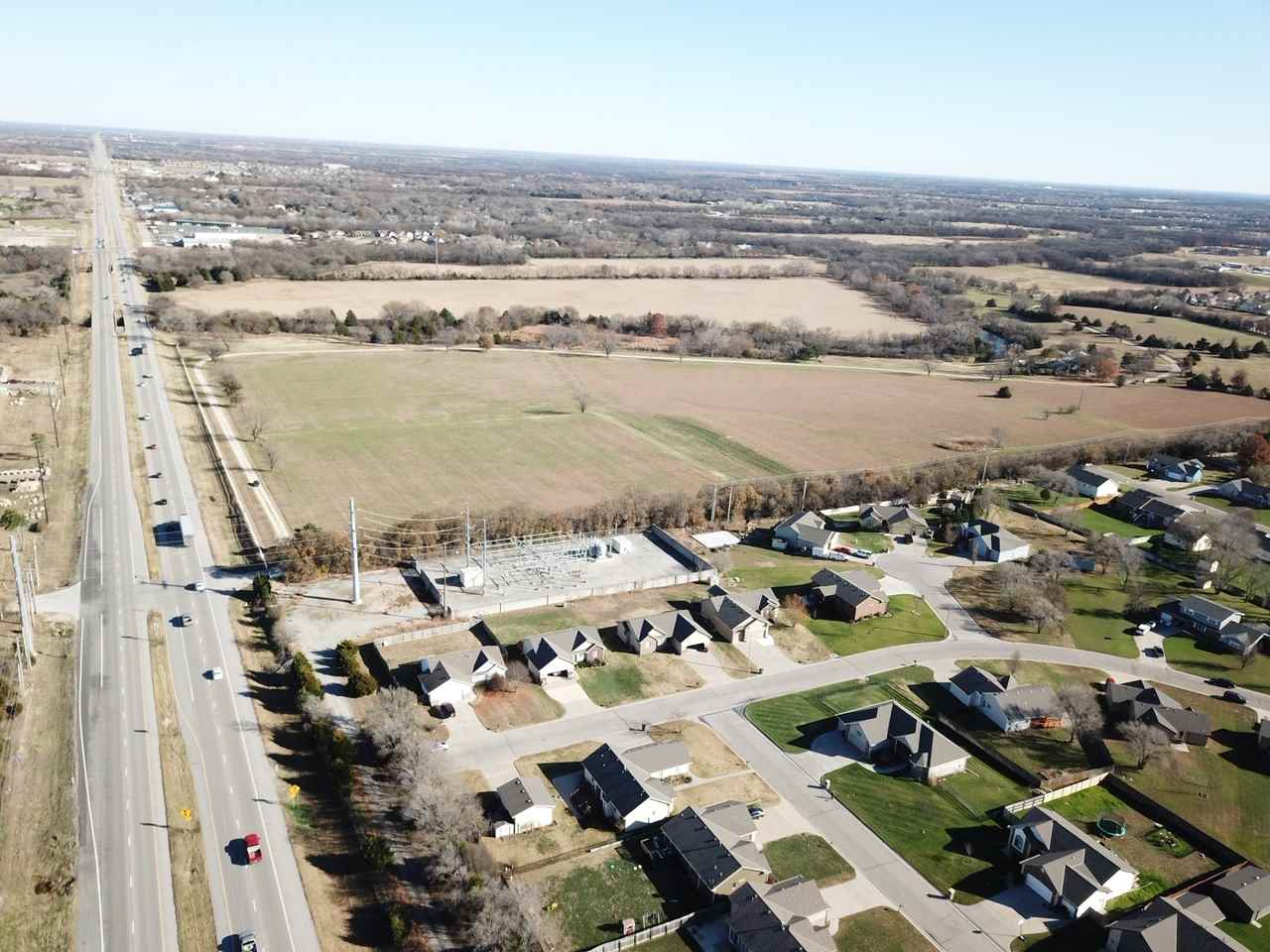 For Sale: 800 S Lakewood Dr, Wichita KS