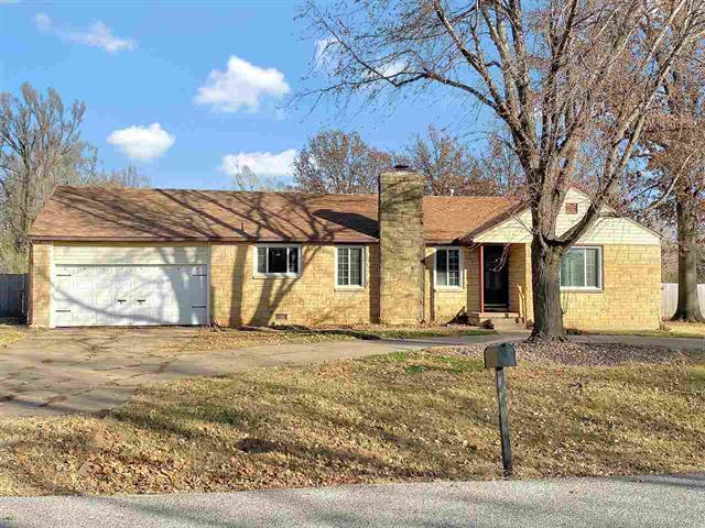 For Sale: 202 S Robin Rd, Wichita KS