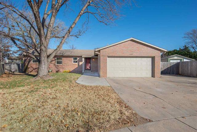 For Sale: 1139 N Summitlawn CT, Wichita KS