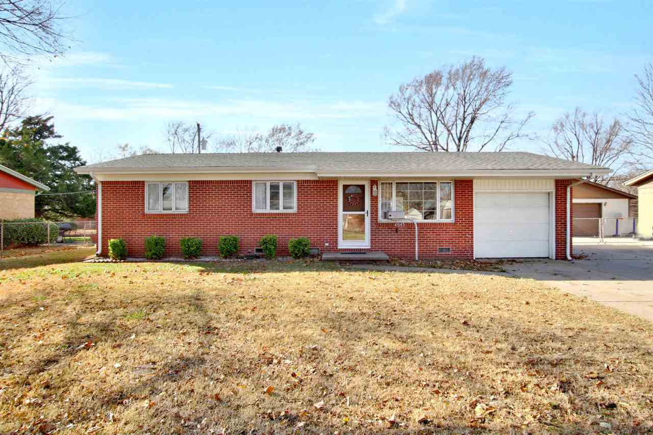 Move in ready!  Easy maintenance, one level brick home with adorable interior.  This is the perfect
